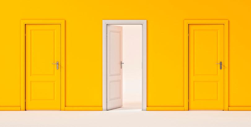 Puertas y marcos madera